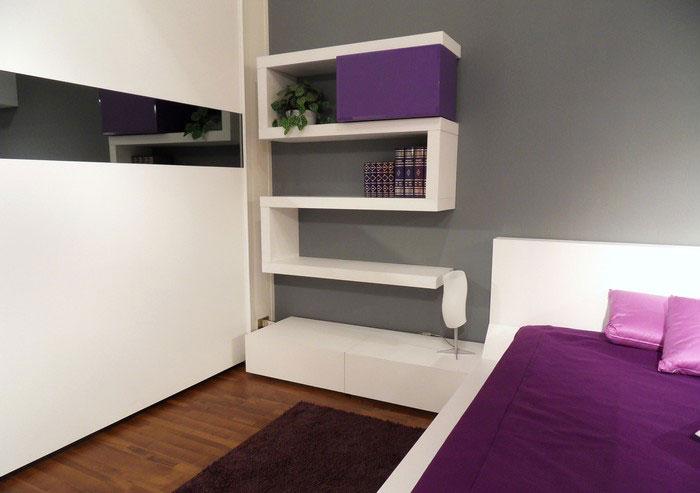 Modern-bedroom-design-with-original-wall-shelves-4