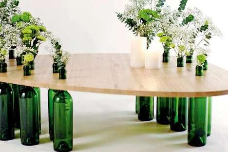 Mesa-feita-com-garrafas-de-vinho-decoram-ambiente-Imagem-Trendhunter3