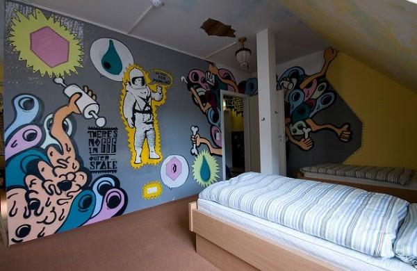 Decoração-de-Quarto-com-Grafite-2-600x390