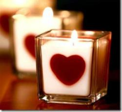 romantic-sweet-candle-valentines-decoration