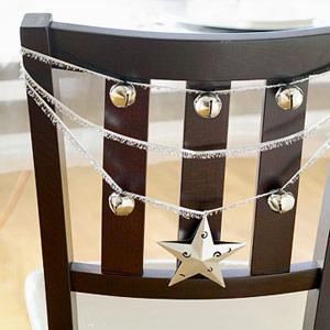Cheerful-Christmas-Chair-Decorating-Ideas-03-modern-christmas-chair-decorating-ideas