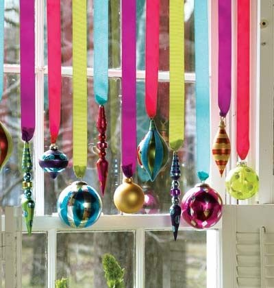 Decorating-Christmas-theme-in-window-use-colorful-ribbon