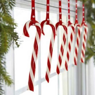 handmade-christmas-window-decorations