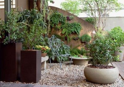como-fazer-um-jardim-com-vasos-