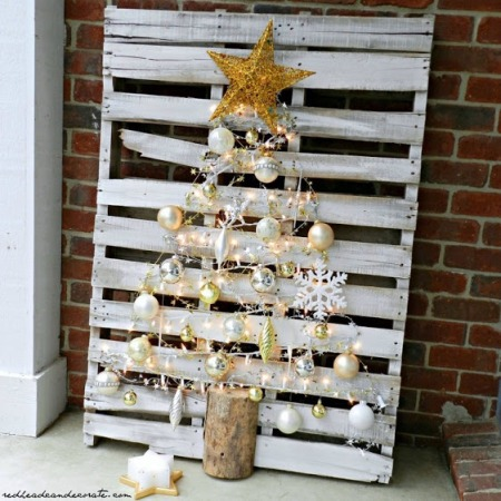 pallet-christmas-tree-hom-decor