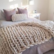 original_super-chunky-hand-knitted-white-throw