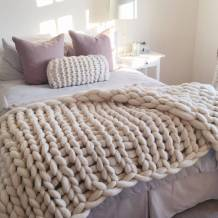 original_super-chunky-hand-knitted-white-throw